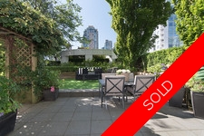 YALETOWN YALETOWN CONDO WITH PRIVATE YARD! for sale: THE PENINSULA 2 bedroom 1,007 sq.ft. (Listed 2017-07-07)