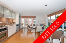 GASTOWN SMART GASTOWN CONDO WITH HUGE DECK for sale:  1 bedroom 634 sq.ft. (Listed 2018-01-04)