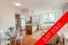 Stylish Beach District - West End 1-Bedroom + Den